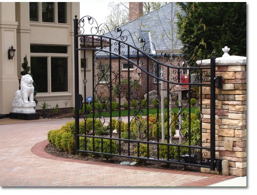 swing gates for driveways