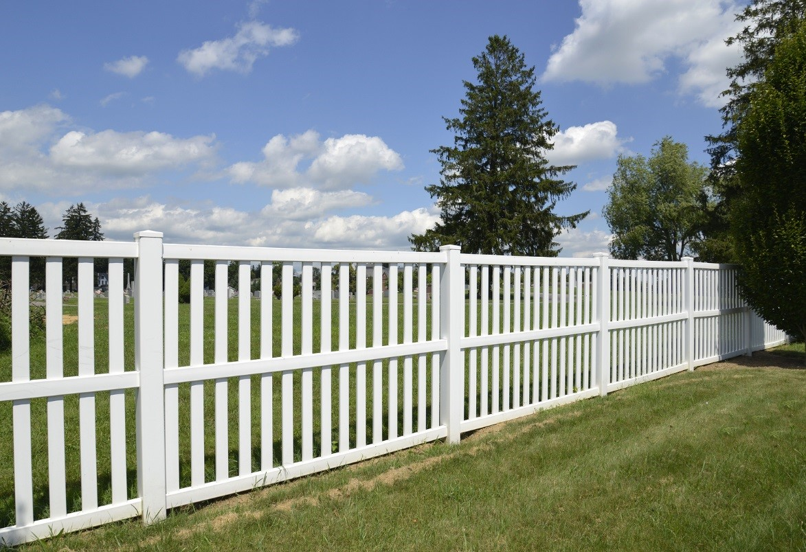Choosing the Right Fencing Material
